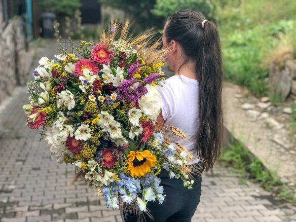 """Buchet de vară din """"flori de câmp"""""""