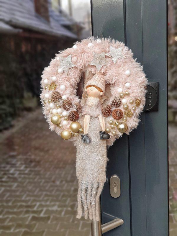 Coroniță decor pentru ușă
