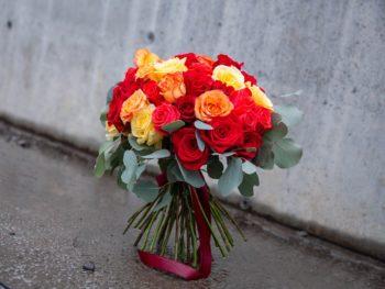 Buchet vesel din trandafiri