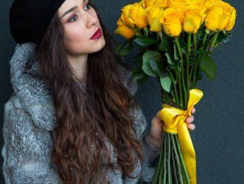 Buchet simplist din trandafiri galbeni